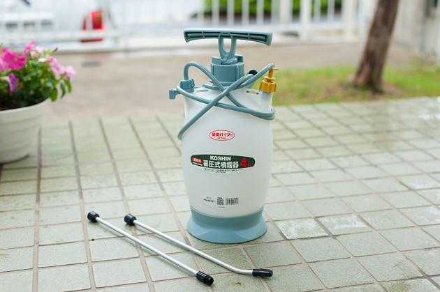 蓄圧式噴霧器を開封